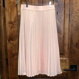 Pastel pink pleated midi skirt